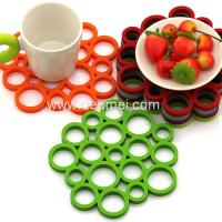 Buy cheap Heat Resistant Circular Bubble Shape Heat Proof Mat Kitchen Table Silicone Mat/Pad product