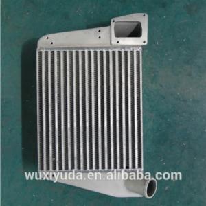 インタークーラー充満空気クーラーは版棒熱交換器の版のひれの熱交換器の自動車クーラーをろう付けしました