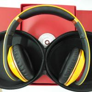 Buy cheap Waterproof headphones&noise cancelling studio headpones for Lamborghini product