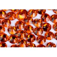 Buy cheap Round Heat Set Rhinestones / Fashionable Glass Crystal Rhinestones from wholesalers