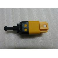 China Kalos Lacetti 96874571 Brake Light Switch Vehicle Parts Yellow Colored on sale