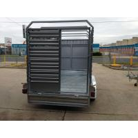 China Double Axle Cattle Crate Trailer With An Extra Wheel / Hydraulic Brake Drum on sale