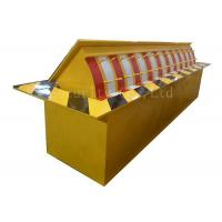 Buy cheap Automatic Heavy Duty Hydraulic Rising Kerb Vehicle Road Blocker Red / Yellow / Green product