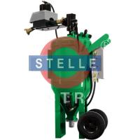 Buy cheap Manual Vapour Blasting Equipment / Movable Wet Blasting Cabinet  Green Color product