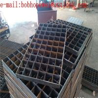 Buy cheap heavy duty steel grating/floor metal grates/serrated bar grating stair treads/steel grating weight per square foot product