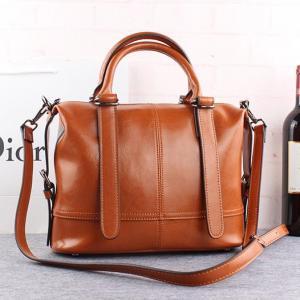 Buy cheap Cowhide Ladies Leather Handbags Zipper Fashionable Messenger Bag product