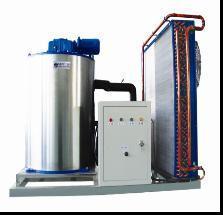 China High Capacity Flake Ice Machine / La Machine a Glacons (1.8-2.6T/24H) on sale