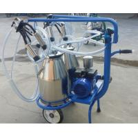 China Mobile Single Cow Hand Operated Milking Machine , Milk Suction Machine Low Noise on sale