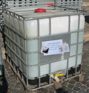 China 48% caustic soda lye ibc drum on sale