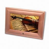 Buy cheap 7-inch Digital Photo Frame with Pine Frame, Available in Different Designs product