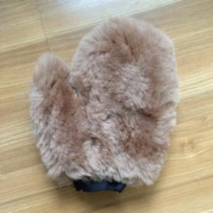 China Lambskin Long Hair Single Side Wool Mitt Lambswool Washing Polish on sale