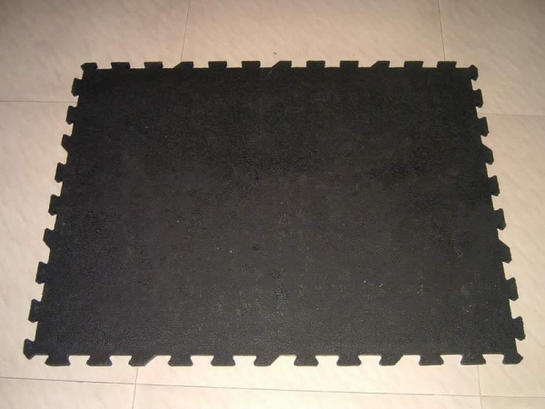 Cloth Insertion Rubber Interlocked Cow Mats 32871722