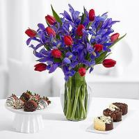 Buy cheap Flowers & Berries Hugs and Kisses with 6 Fancy Strawberries & Cheesecake Trio product