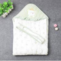 Baby quilt with hood