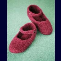 Buy cheap Fiber Trends Crocheted Felt Ballet Slippers product