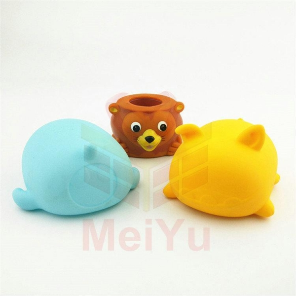 Quality Heat-resistant pvc cartoon lamp cover for kid lamp for sale